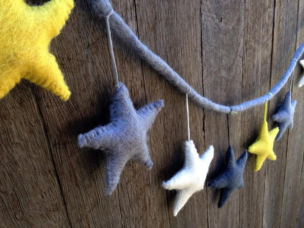felt-star-garland-yellow-grey-and-white-close