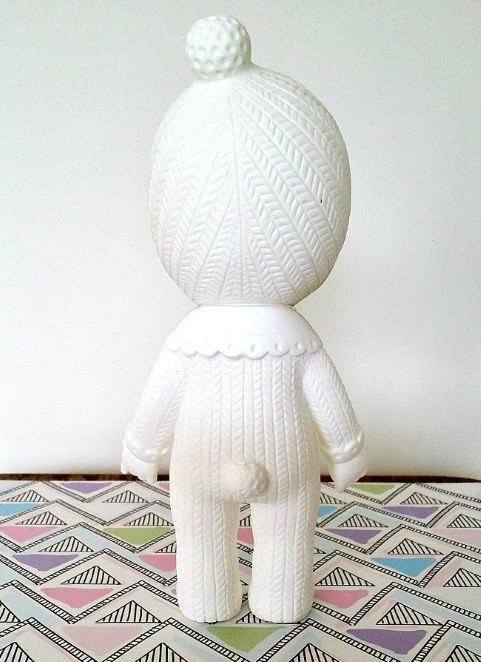 lapin-and-me-doll-snow-baby-grey-pom-pom-reverse