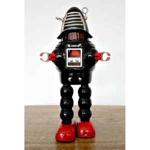 tin-robot-planet-black-red