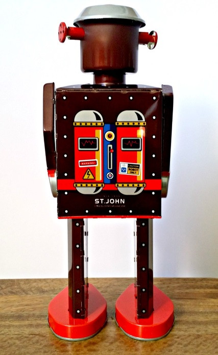 robot-m-65-giant-tin-toy-st-john-back