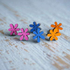 Laser Cut Wooden Stud Earrings – Flowers (3 Colours)