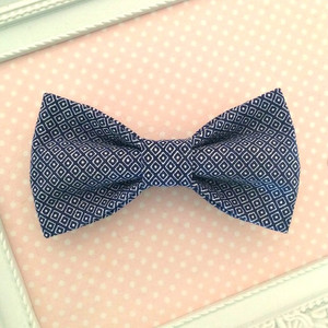 Boys Cotton Clip On Bow Tie - Navy Diamond.