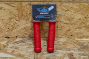 SE WING GRIPS RED