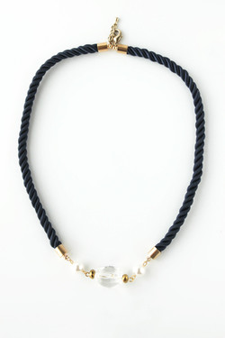Velda braid necklace