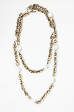 Everyday Pearl Necklace