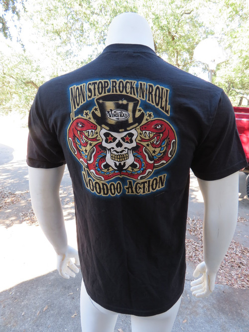 Top hat on skull artwork on back of tee by legendary hot rod artist, Vince Ray.