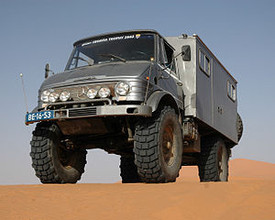 Radio/Signal Cabins for Unimog 1300L Trucks BW [2]. Minitanks #316s