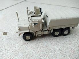OSHKOSH MTVR Mk.23 IRAK, Armored Arsenal-M 224200171 New 1/87 Scale Plastic Kit