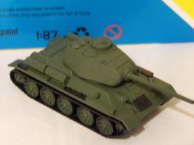 Russian T-34/85, 1945 AMA Models 600056 Plastic 1/87 Scale Finished Model