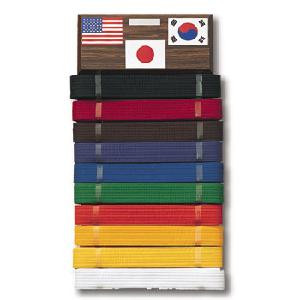 Comes with 10 belt hangers, engraving plate,and three flag stickers.