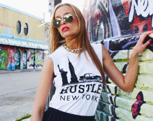 HUSTLE NEW YORK WHITE SLIT SLEEVE T-SHIRT