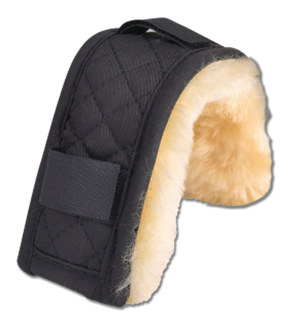 Fleece-backed chin pad with keepers
