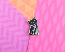 Gold Cat with a Heart - Enamel Pin