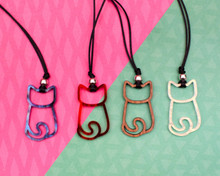 Outline Cat Necklace