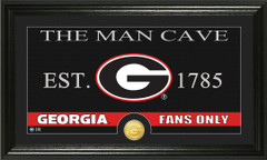 Georgia Bulldogs Man Cave Sign and Photo Mint