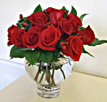Vase of red roses - Flowers Delivery Northbrook IL - Jan Channon Flowers