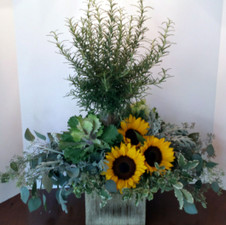 WeddingsExpress Farm-to-Table Wedding Design - Wedding Centerpieces Lake Forest IL - Jan Channon Flowers