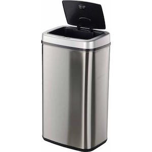 Touchless Trash Cans That Are Worth The Price Trash Cans