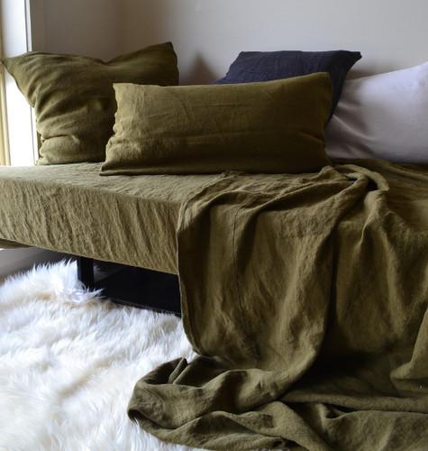 Dark Olive Green Stonewashed Linen Bedding Set