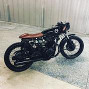 (SOLD)(898) 1975 Honda CB450 Cafe Racer