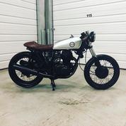 (SOLD)(895) 1973 Honda CB350 Cafe Racer
