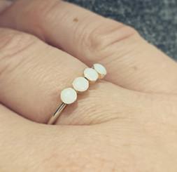 four bezel ring