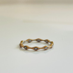 delicate marquise band