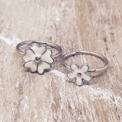 flower breast milk ring