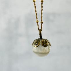 brass flower milk pearl