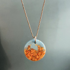 metallic color pendant