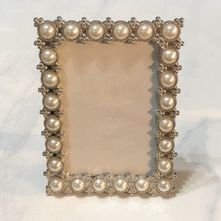 beaded pearl picture frame