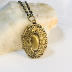 oval swirls memorial locket