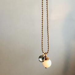 petal bead & pearl