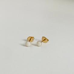 itty bitty gold earrings