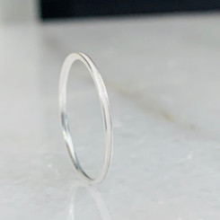 sterling thin band