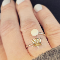 lotus dot ring