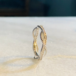 infinity twisted ring