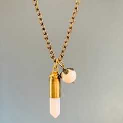milk bullet & pearl necklace