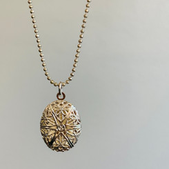 small filigree locket kit