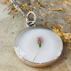 single flower pendant