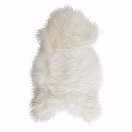 Icelandic Sheepskin Fur in White