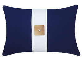 Outdoor Horn Button Lumber Cushion in Navy