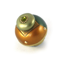 NU DUO KNOB EMERALD HAS GOLD PAINTED STEM TO COORDINATE WITH METAL ACCENTS