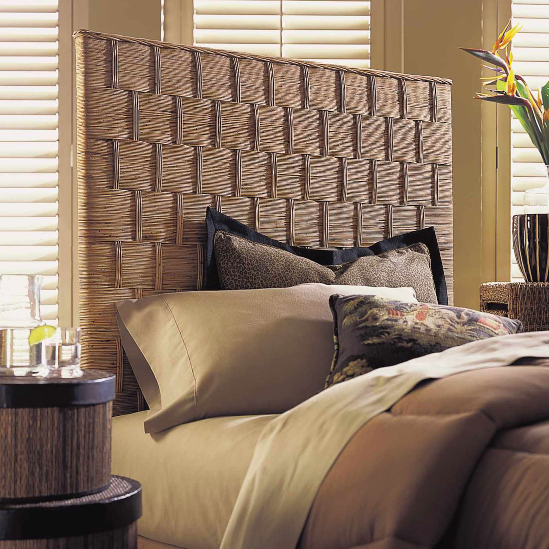 half off 5d42f 22303 Top 5 Benefits of Buying a Headboard - OCFurniture