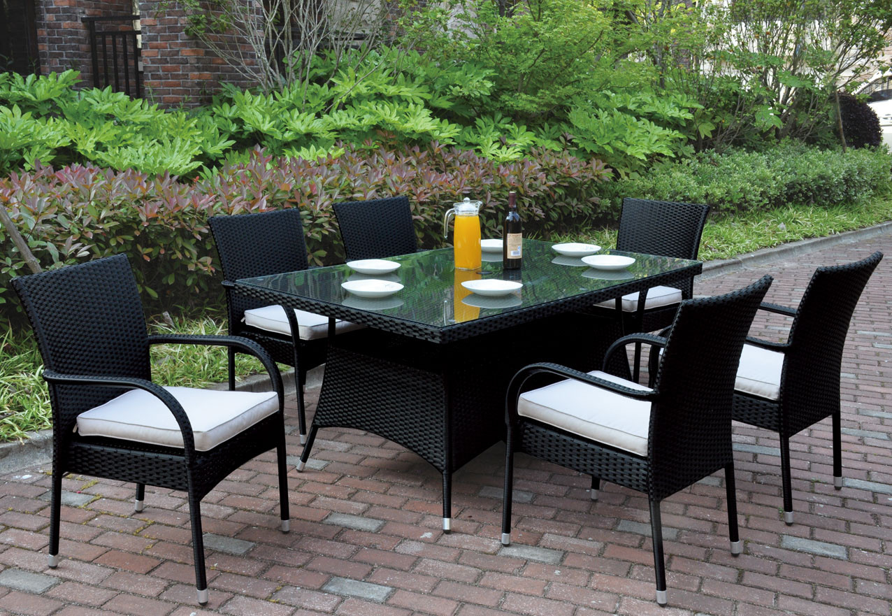 Poundex P Outdoor 7 Pcs Glass Patio Table Set