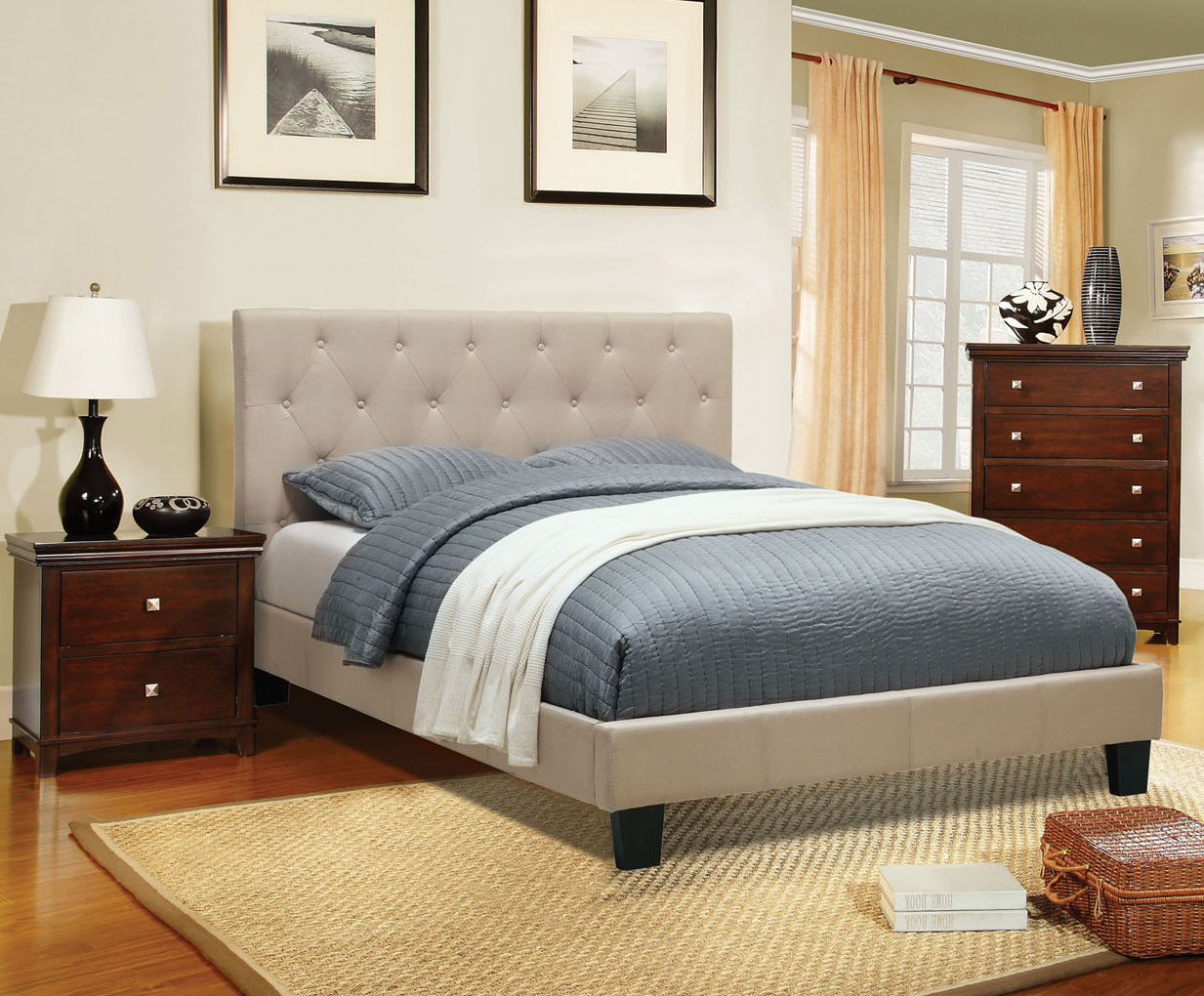 Emery Ivory Queen Contemporary Platform Bed