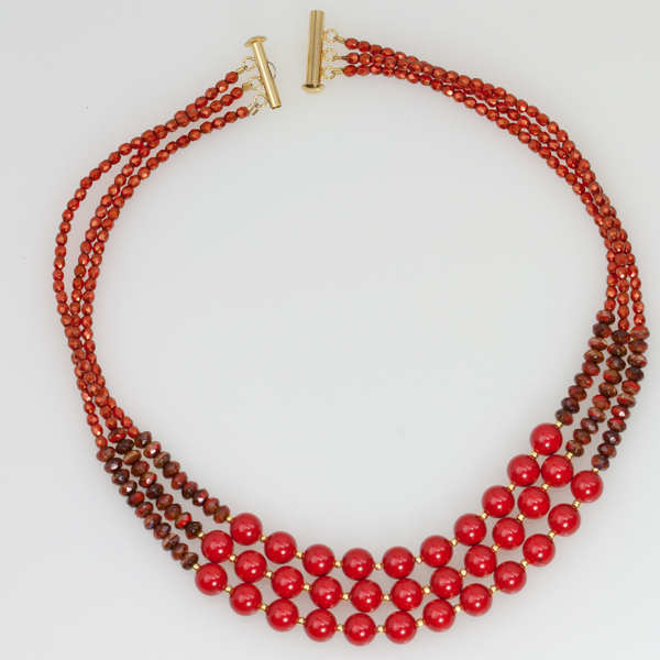necklace-02.jpg