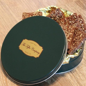 "3/4 Pound ""Signature Green"" Tin"