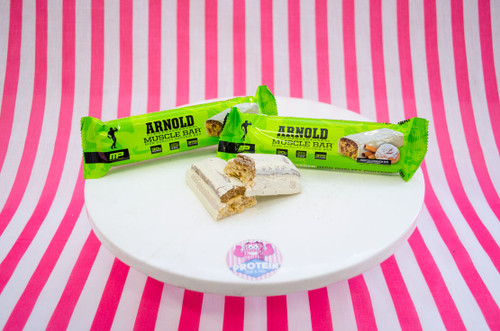 Muscle Pharm Arnold Bar - Frosted Cinnamon Bun #NEW #FEAT