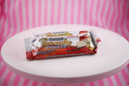 Gourmet Cheesecake Bar - Strawberry Supreme Cheesecake Flavour